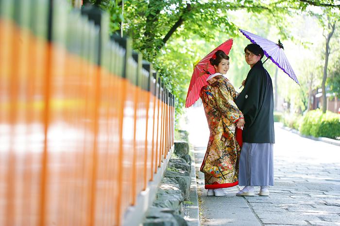 新緑のシーズンの祇園で前撮り